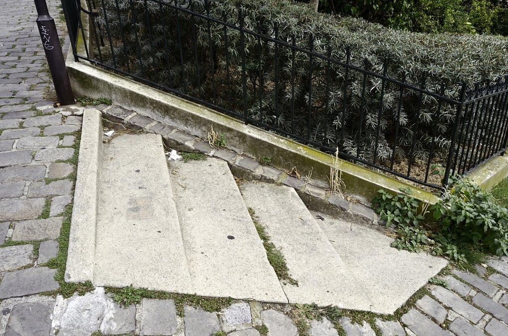 Steps at Corner